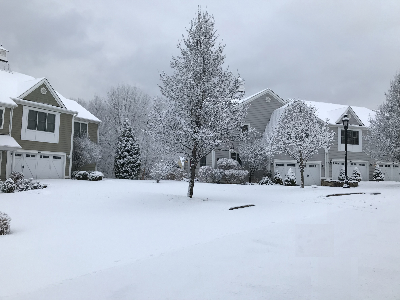 Snowy Stillwater Circle